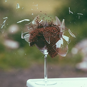 annealed non tempered glass broken