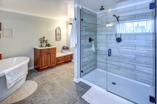 glass doors vs shower curtains